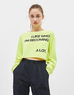 Neon T-shirt with print | Bershka  #newin #trend #trendy #cool #fashion #outfit #ideas #inspiration #look #woman #mujer #new #in #bershka #bershkacollection #moda #neon #fluor #tendencia #trend