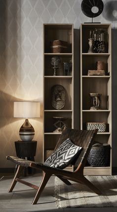 Une lampe de chevet à poser avec son pied en céramique. #leroymerlin #lampe #chevet #tendance #ideedeco #madecoamoi #homesweethome