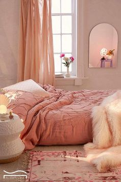 pink bedroom idea beauty mirror bohemian boho Romantic for women for teens for girls classy