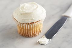 Three-Ingredient Frosting – What do you get when you mix together cream cheese, marshmallow crème, and whipped topping? The perfect, fluffy cream cheese frosting, that's what. #PinThatTwist