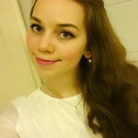 Angelika Hásper
