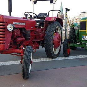 Trecker  Traktor Sitz  Oldtimer Trecker tolle Landhaus Dekoration Bauernhof