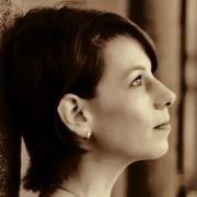 Yvonne Leenders