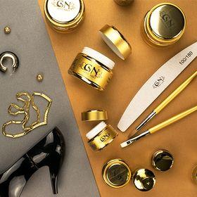 Gold Nails Hungary
