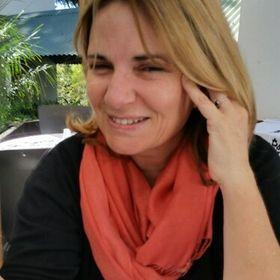 Anneke vanJaarsveld