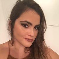 Tainá Carvalho