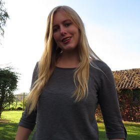 Michelle Van de Poel