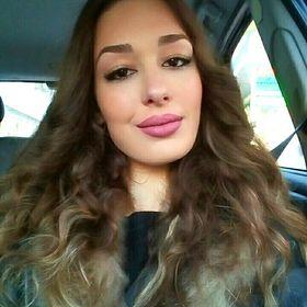 Vivian Thomaidou
