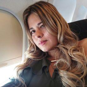 Angelly Rojas
