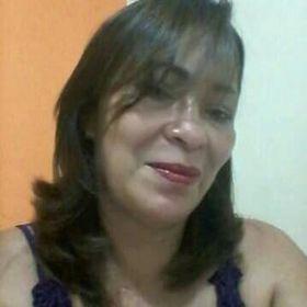 Lúcia Oliveira