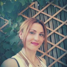 Lena Parotsidh