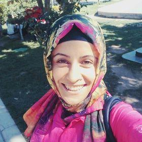 Emine ÖzLü
