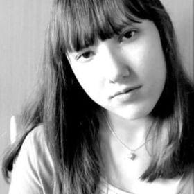 Alina Sacks