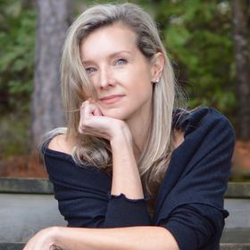Diane Kroe | Travel Fashion Designer + Retailer