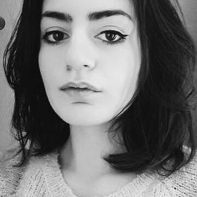 Andreea Macsuta