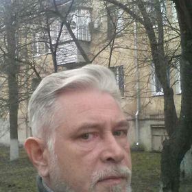 Левин Юрий