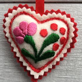 Little Hungarian Hearts