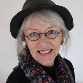 Fee O'Shea Author