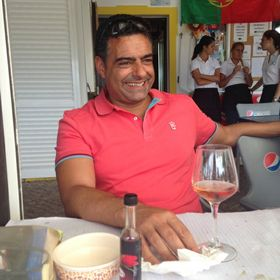 Óscar Correia