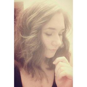 Nadine Bazaj