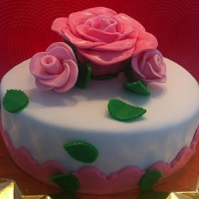 Lora Cakes