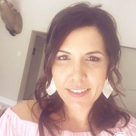 Lizelle Mostert