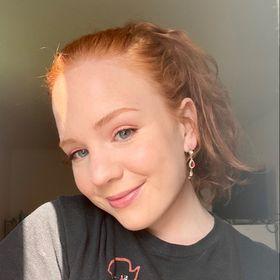 Blonde utilise sa webcam