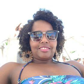 Evany Araujo