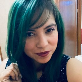 Lic Adriana HB