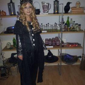 Lisa Farrington