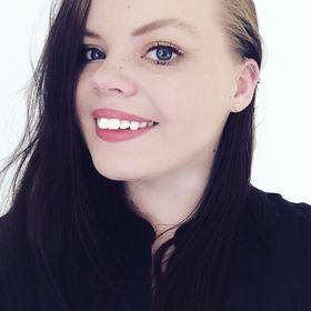 Elizabeth Kallhovd