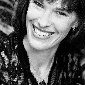 Lynne Gadd-Claxton