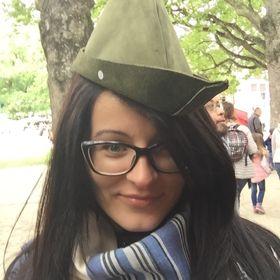Andreea Visla
