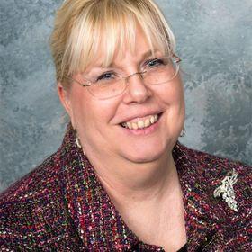 DrJulieAnn of Modern Retro Woman (Home Ec, Charm School, and Gracious Living)