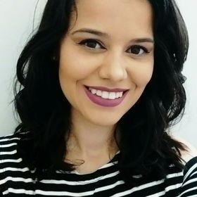 Aline Thaís