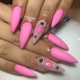 Flr Nails
