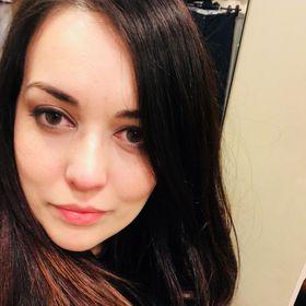 Andreea Raveica