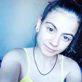 Laura Tns