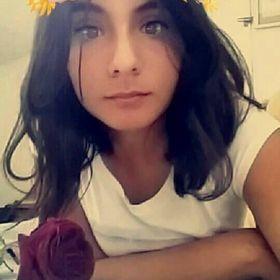 Sara Oropeza