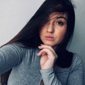 Karolína Olivová
