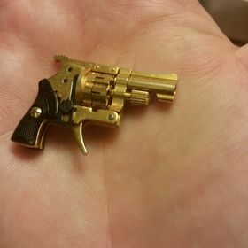 Dollhouse Miniature Unfinished Metal Western 6-gun Pistol