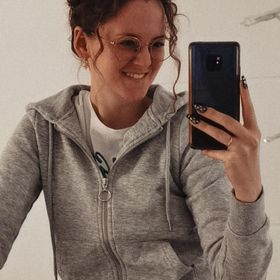 Annika Stoller