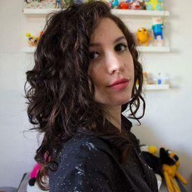 Gabriela Abinajm