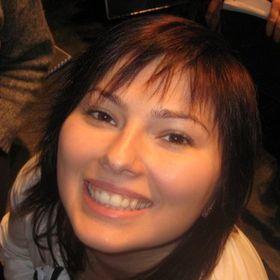 Naomi Naghi