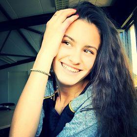 Julia Verheye