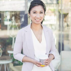 Karen Swyszcz  |Makinthebacon.com| Social Media | Blogging Tips & Business Consultant