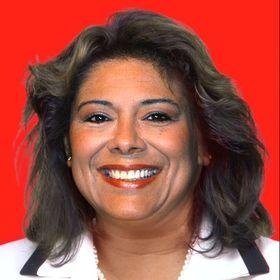 Bettina Yanez