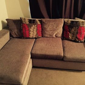 grey sofa grey carpet what colour walls