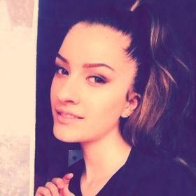 Raluca ✨ ✨Giuran