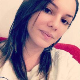 Letícia Faro
